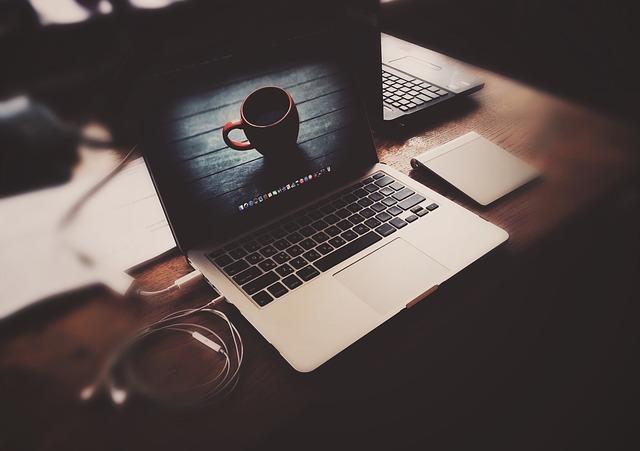 Nosql Kullanarak Yapılan Web Siteleri